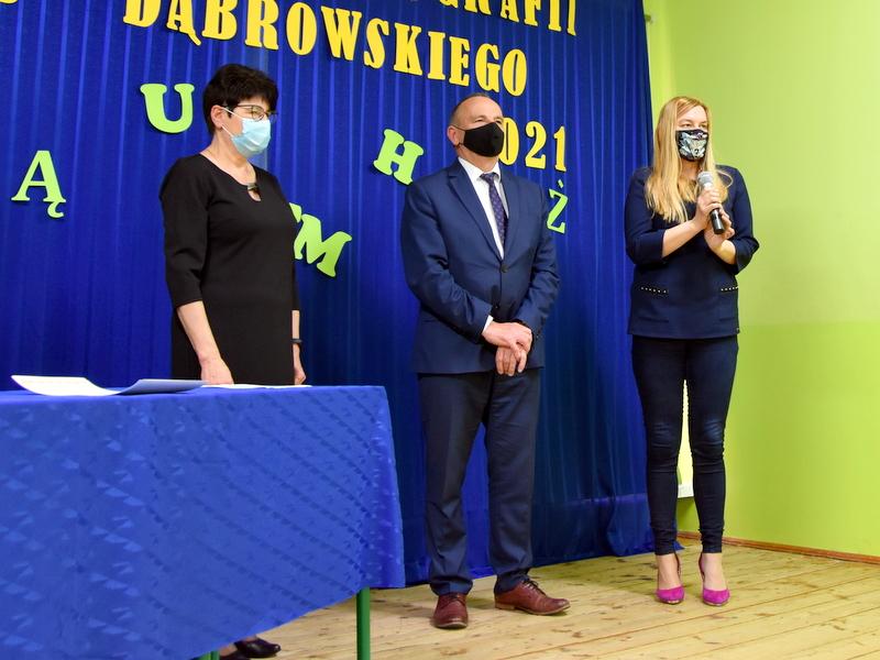 DSC 0100 Mistrzowie ortografii w powiecie dąbrowskim z nagrodami
