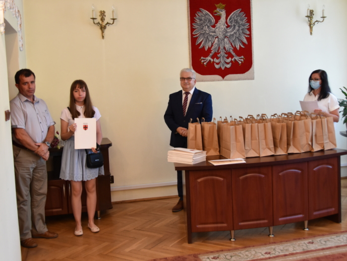 DSC 0273 Uroczystość wręczenia stypendiów Burmistrza Dąbrowy Tarnowskiej