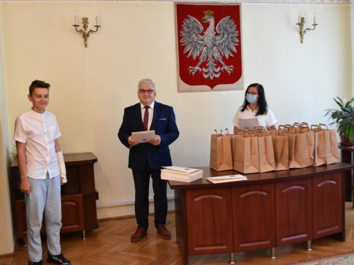 DSC 0293 Uroczystość wręczenia stypendiów Burmistrza Dąbrowy Tarnowskiej