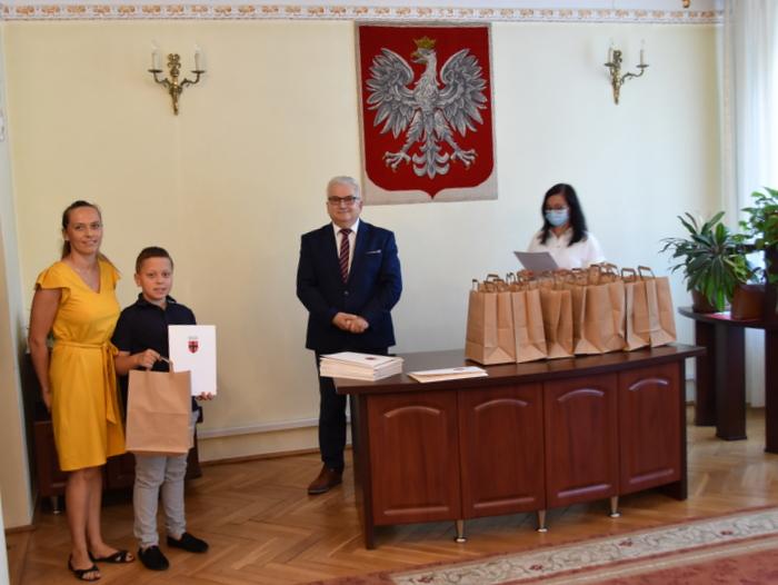 DSC 0309 Uroczystość wręczenia stypendiów Burmistrza Dąbrowy Tarnowskiej