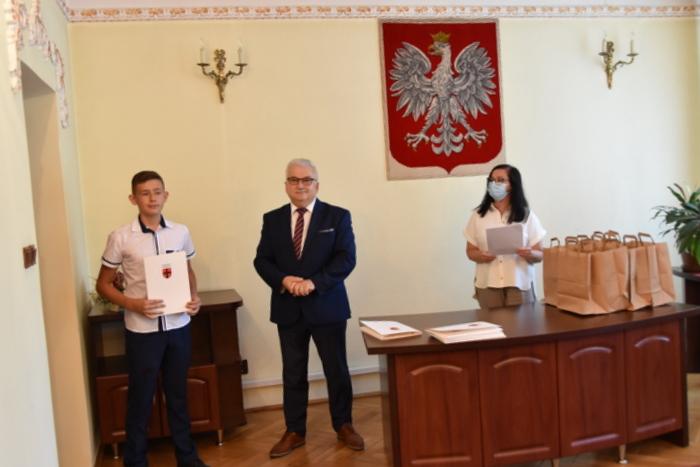 DSC 0362 Uroczystość wręczenia stypendiów Burmistrza Dąbrowy Tarnowskiej