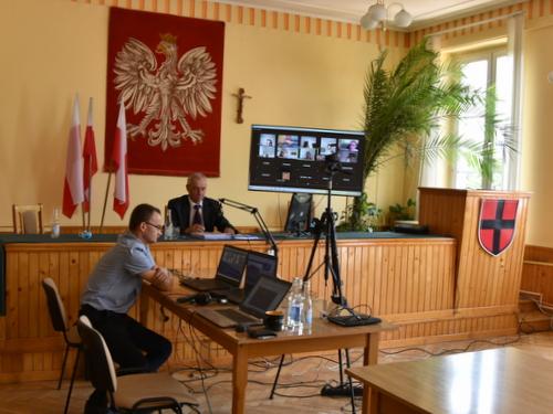 DSC 0371 Burmistrz Dąbrowy Tarnowskiej z wotum zaufania i absolutorium