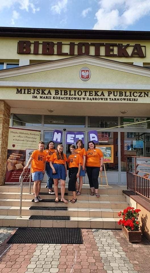 Rodzinna Gra Miejska w MBP 2 Rodzinna Gra Miejska w dąbrowskiej Bibliotece