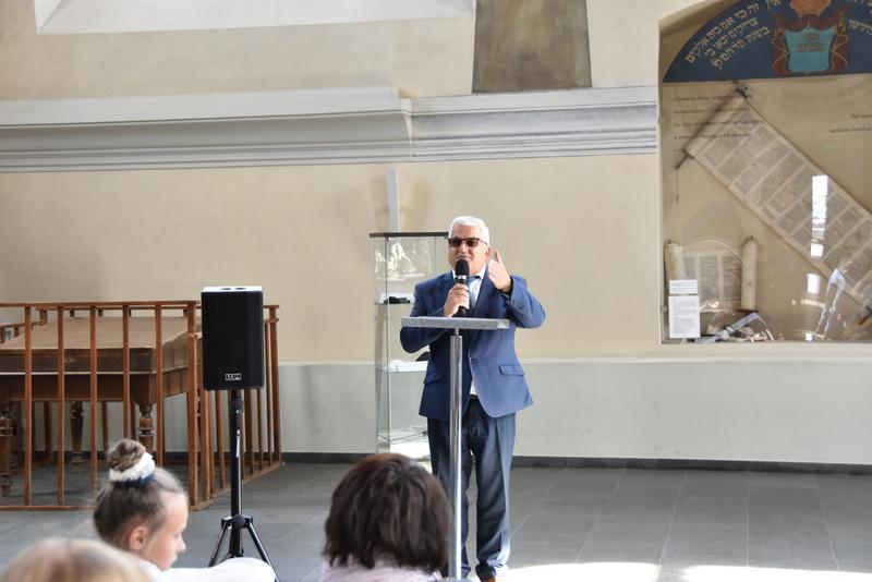 Upamiętnienie wywozy Żydów DT2021 18 Upamiętnienie tragicznych wydarzeń w historii miasta