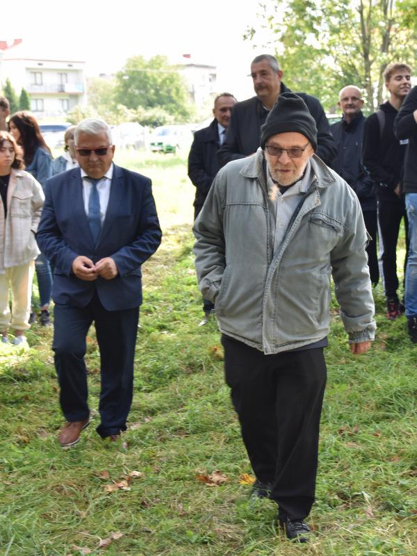 Upamiętnienie wywozy Żydów DT2021 8 Upamiętnienie tragicznych wydarzeń w historii miasta