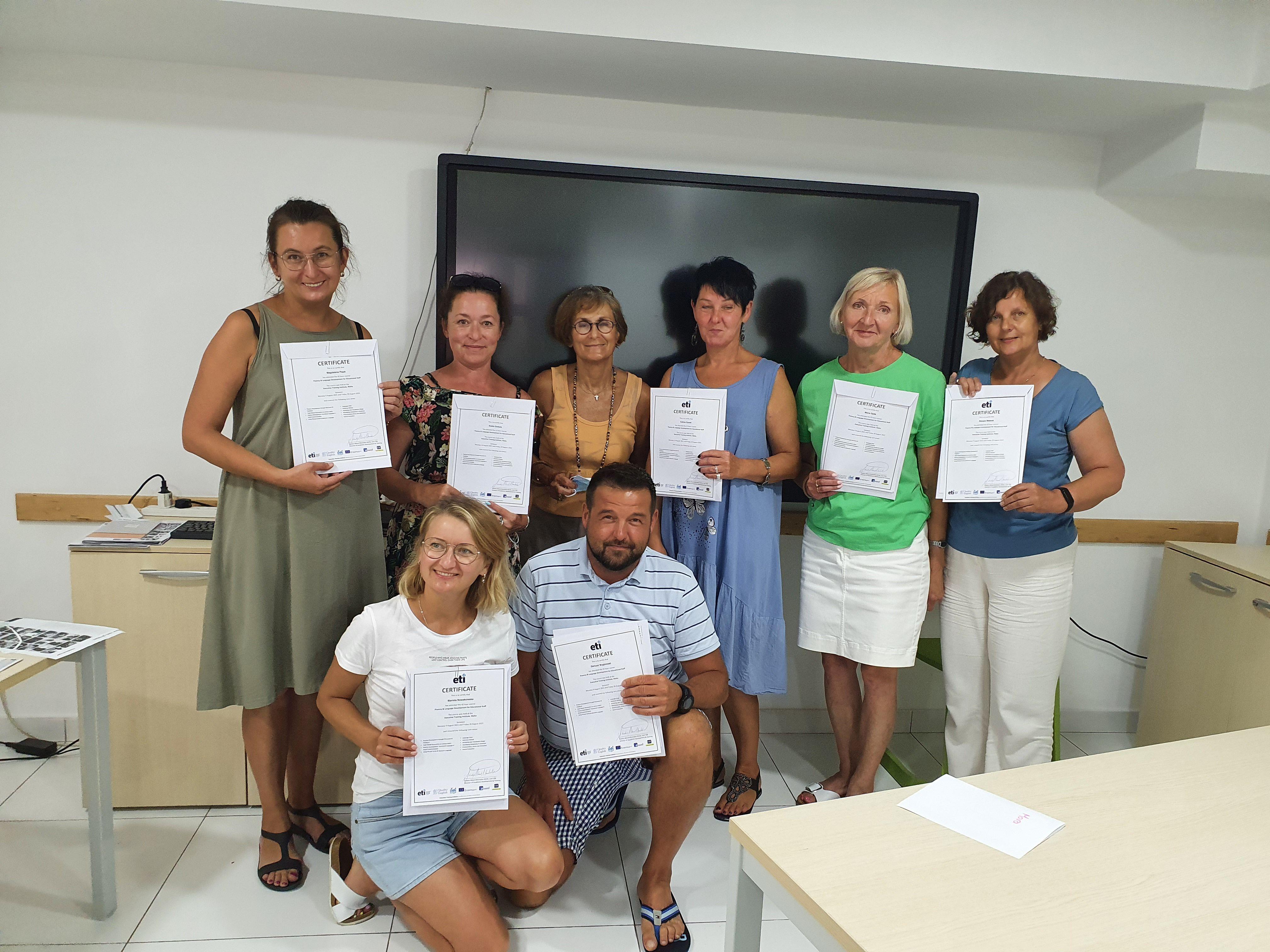 """4 """"Szkoła nowych możliwości"""" Erasmus+ w Szkole Podstawowej w Nieczajnie Górnej"""