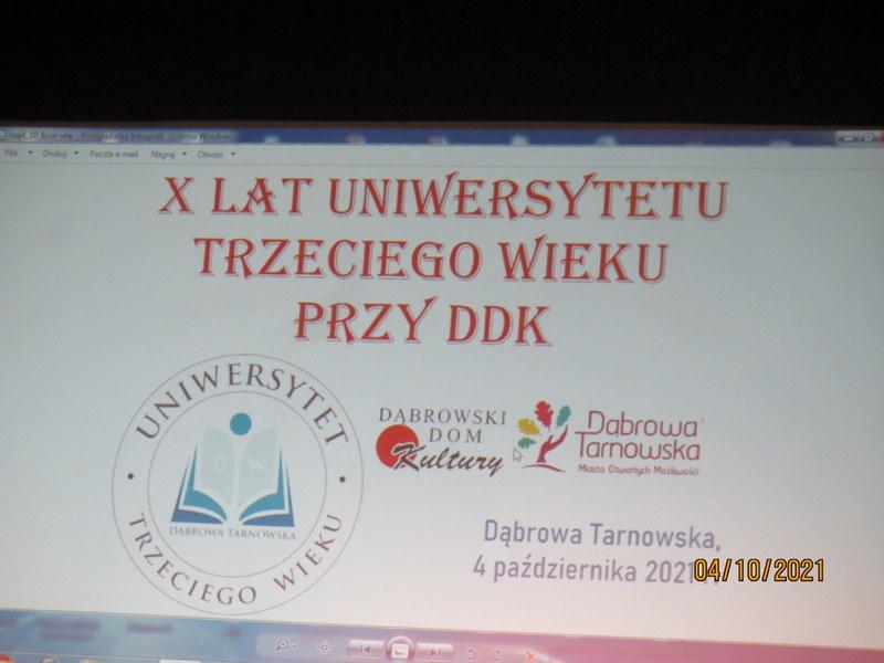 Kopia 001 Jubileusz X lecia Stowarzyszenia Uniwersytet Trzeciego Wieku przy Dąbrowskim Domu Kultury