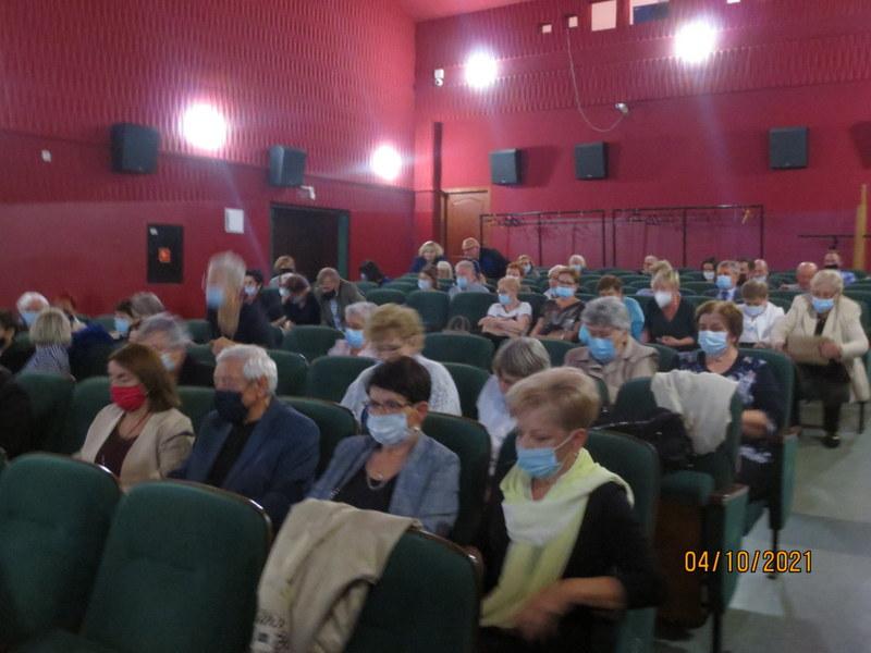 Kopia 007 Jubileusz X lecia Stowarzyszenia Uniwersytet Trzeciego Wieku przy Dąbrowskim Domu Kultury